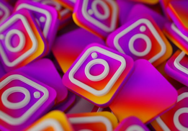 The benefits of using guides on Instagram
